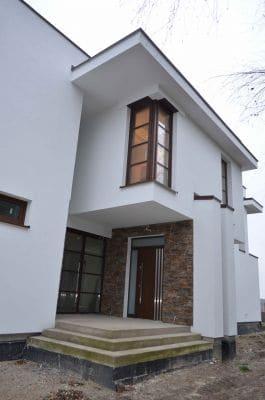 Dom jednorodzinny w m. Pniewo k. Żychlina wejście główne do budynku scalia gallery metro - Nasze<br> budowy
