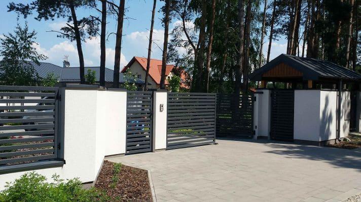 Dom jednorodzinny w m. Strzelcew wjazd na działkę scalia gallery metro - Nasze<br> budowy